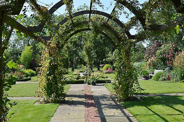 Tijd Voor Tuin : Eindelijk tijd voor de tuin het tuinpad op in nachbars garten