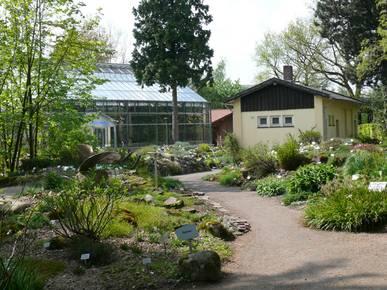 botanischer garten oldenburg oldenburg het tuinpad op in nachbars garten. Black Bedroom Furniture Sets. Home Design Ideas